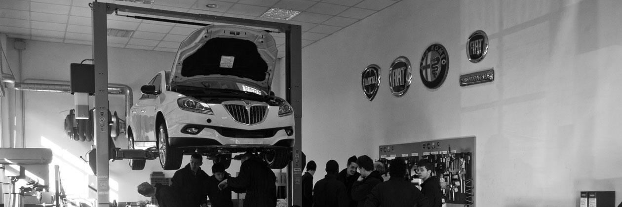 Corso gratuito di tecnico riparatore di veicoli a motore IV anno all\'Agnelli