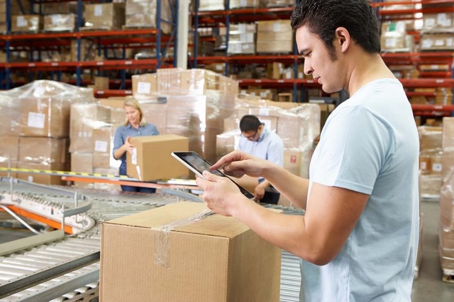 Formazione al lavoro - aiutante magazziniere pratico
